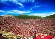 世界上最大的佛学院-五明佛学院,比布达拉宫还要震撼人心
