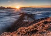 【冬游达瓦】漫步云端深处 坐看风云起 神木垒 达瓦更扎行摄云海之颠2日4~8人之旅