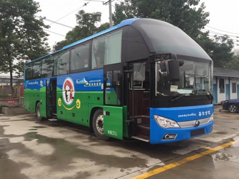 旅游大巴车 (15)