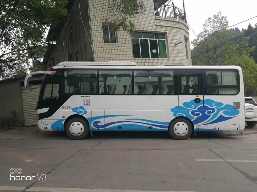 39座大巴车 (3)