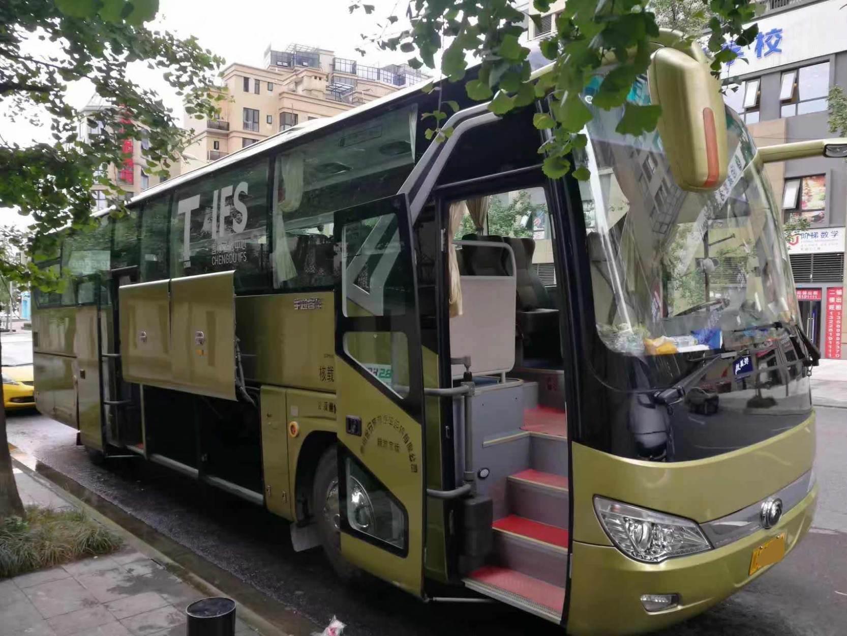 55座大巴车 (2)