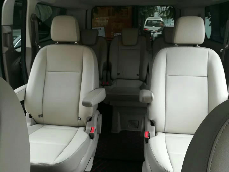 7座福特途睿欧商务车出租
